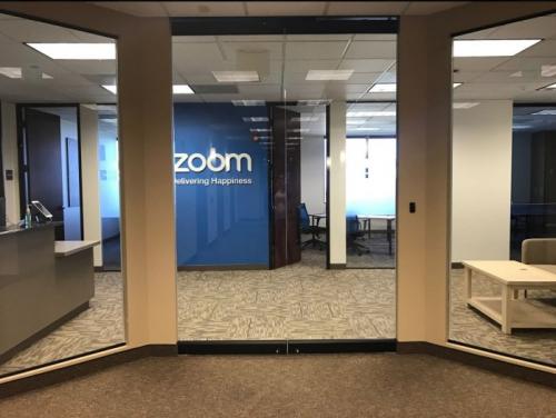 2020年股价飙升 为什么远程办公工具会青睐zoom meeting